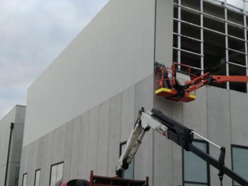 edificio a destinazione logistico-produttiva